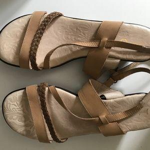 Jambu Sandals (Sport Wedge Design)